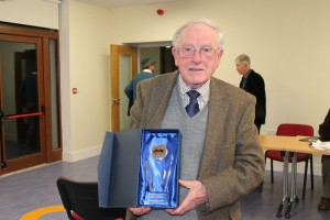 Eddie O Sullivan with his award for the work he has out in to the association over the years
